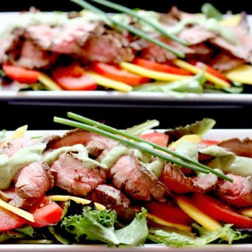 Grilled Steak & Mango Salad with Avocado Buttermilk Ranch Dressing | cupcakesandkalechips.com #ranchdressing #salad #steak #avocado