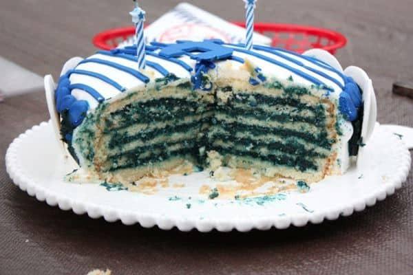 Yankees Pinstrip Cake Cross Section