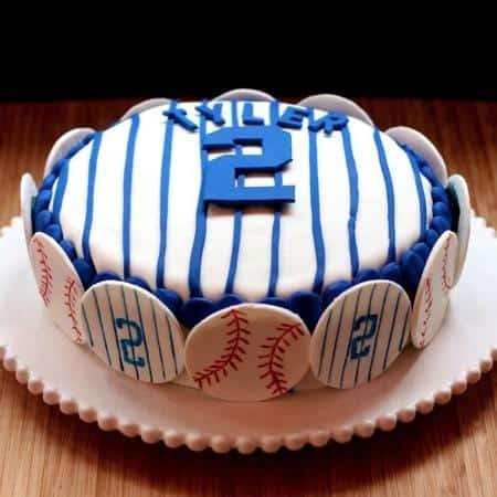 Yankees Pinstripe Cake whole