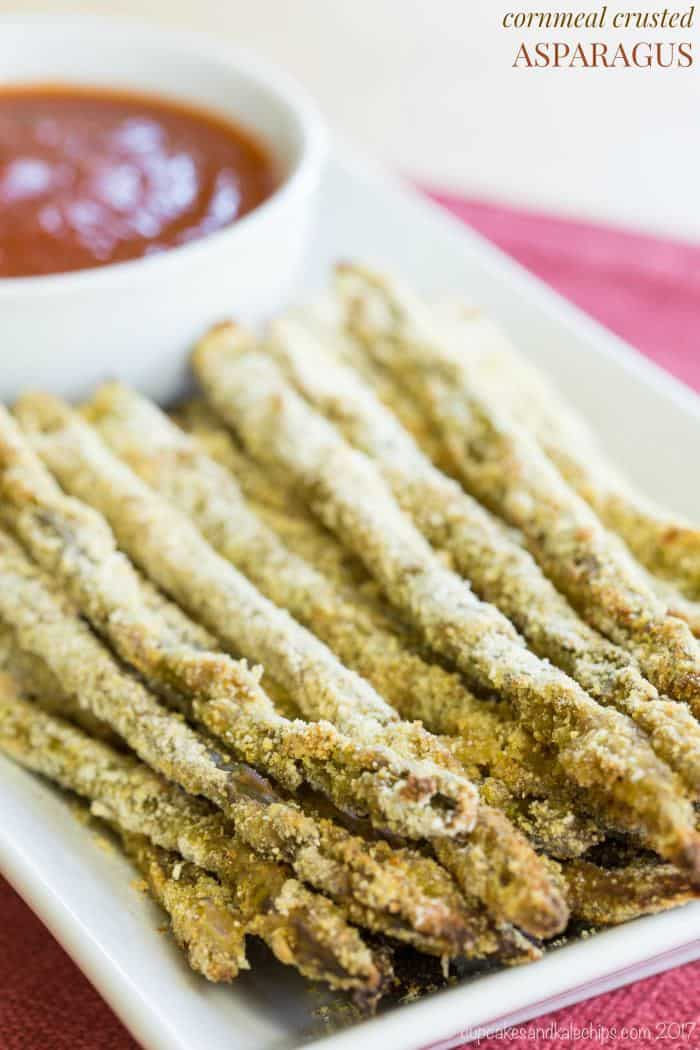 Cornmeal Crusted Asparagus - an easy vegetable side dish perfect for dipping. Gluten free.