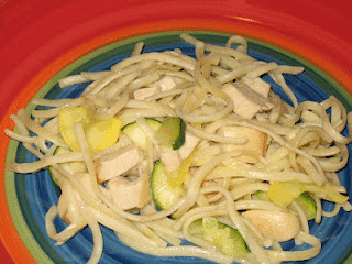 Garlic Olive Oil Linguine with Chicken, Summer Squash and Zucchini – a Guest Post from Alyssa of Cooking from a SAHM