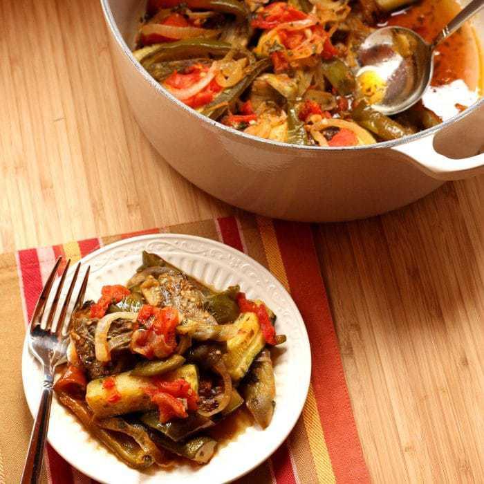 Ratatouille pot and plate 1