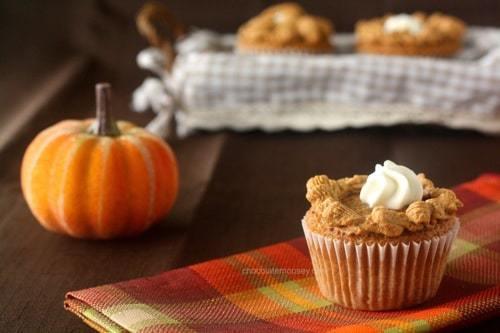 Pumpkin Pie Cupcakes 0451 1024x682