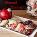 Almond Crescents {Mexican Wedding Cookies}