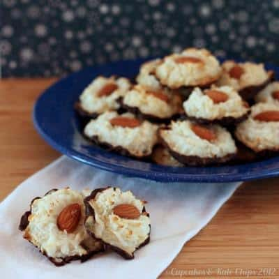 Almond Joy Macaroons - only four ingredients! | cupcakesandkalechips.com | Gluten Free Christmas Cookie recipe with just four ingredients!