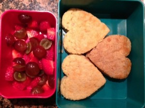 What's in the Lunchbox Wednesday - 2-27-13 - Cupcakes & Kale Chips