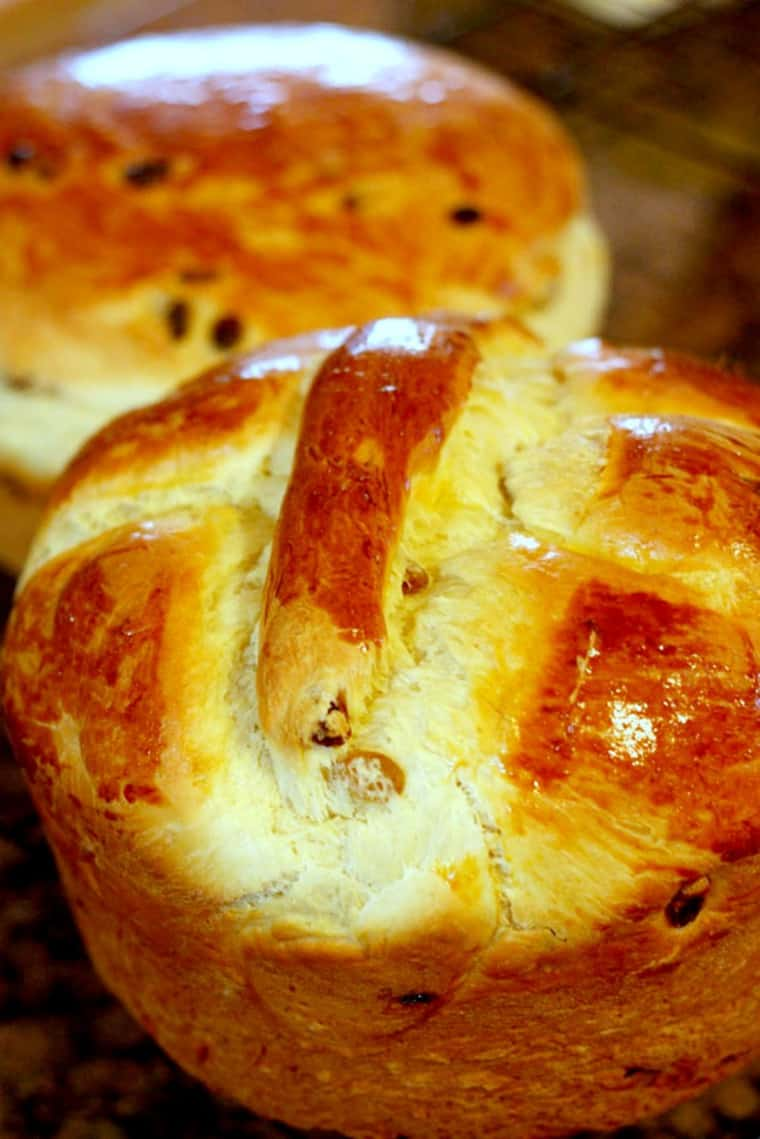 Loaves of paska, one with a cross on top