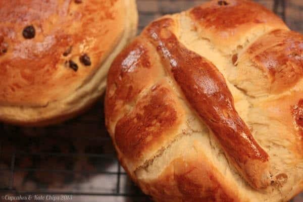 Paska Ukranian Easter Bread Loaf 2