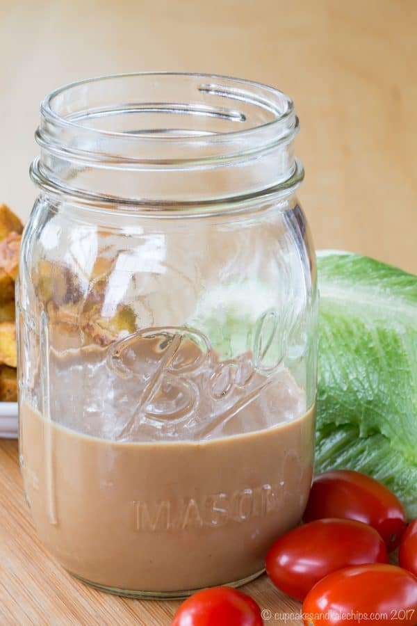 Creamy Balsamic Greek Yogurt Vinaigrette Salad Dressing - an easy and healthy salad dressing recipe that is just as rich and delicious as traditional creamy dressings.
