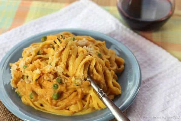 Fettuccine Pumpkin Cauli-Fredo - you won't believe how amazing this cauliflower alfredo recipe is!