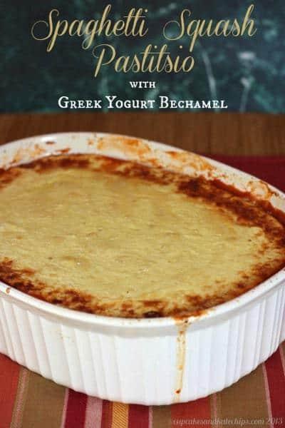 Spaghetti Squash Pastitsio with Greek Yogurt Bechamel - the traditional dish reinvented in a lighter, gluten free version | cupcakesandkalechips.com | #spaghettisquash #glutenfree