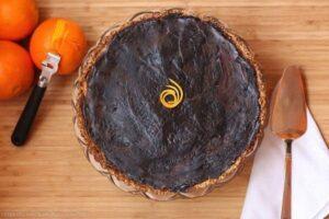 Dark Chocolate Orange Ricotta Tart with Honey Almond Crust | cupcakesandkalechips.com