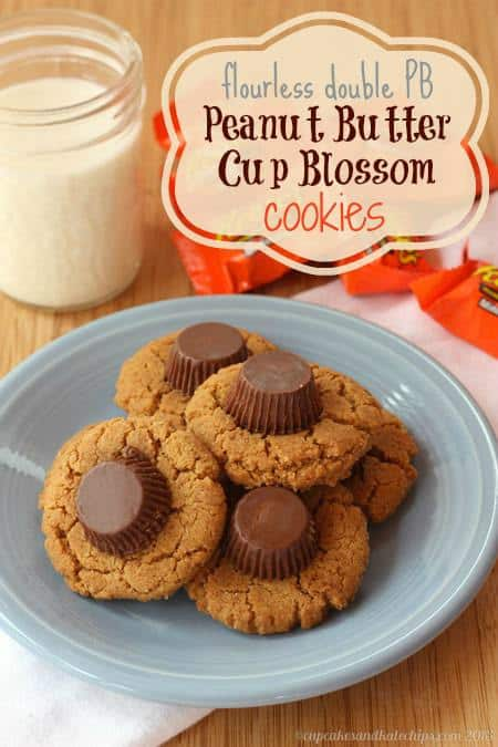 {flourless} Double PB Peanut Butter Cup Blossom Cookies | cupcakesandkalechips.com | #peanutbuttercups #reeses #glutenfree