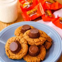 Flourless Reese's Peanut Butter Cup Cookies