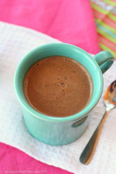 Homemade Mexican Mocha Hot Chocolate | cupcakesandkalechips.com | #hotchocolate #cocoa #glutenfree #vegan