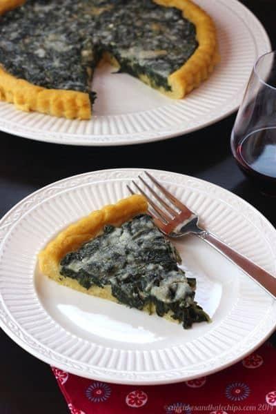 Polenta Crust Creamed Spinach Tart | cupcakesandkalechips.com | #vegetarian #glutenfree #sidedish