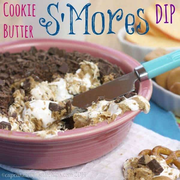 Cookie Butter S'Mores Dip - marshmallow and chocolate, swirled with Biscoff or Speculoos spread is an ooey gooey dessert dip! Who needs a campfire? | cupcakesandkalechips.com