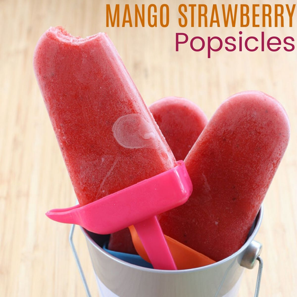Mango Strawberry Lime Popsicles - a sweet, tart, light and healthy summer frozen dessert | cupcakesandkalechips.com | #glutenfree #vegan