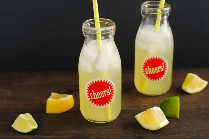 Agave Lime Lemonade - a simple & delicous drink | Foxes Love Lemons for cupcakesandkalechips.com | #vegan #glutenfree #beverage #limeade