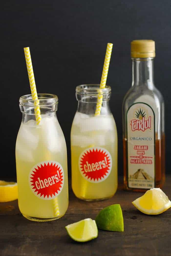 Agave Lime Lemonade - a simple & delicous drink | Foxes Love Lemons for cupcakesandkalechips.com | #vegan #glutenfree #beverage #limeade