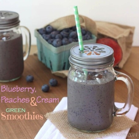 Blueberry, Peaches and Cream Green Smoothies for #SundaySupper