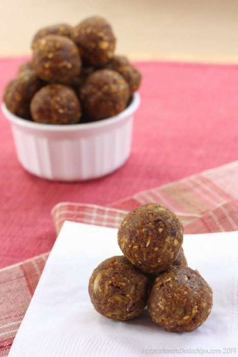 Pumpkin Spice Chocolate Chip Energy Balls - just one of the recipes for healthy no-bake snacks kids love to find in their school lunch or as an after school snack.
