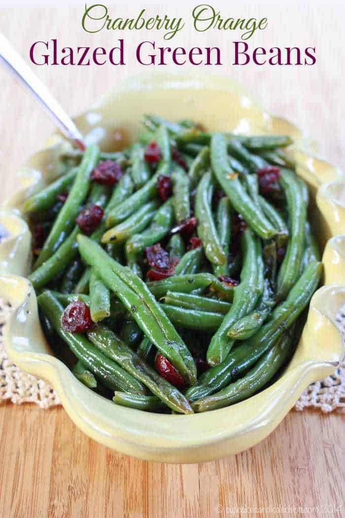 Cranberry Orange Glazed Green Beans - a lighter & healthier vegetable side dish recipe for the holidays. Put it on your Thanksgiving or Christmas menu | cupcakesandkalechips.com | gluten free, vegetarian, vegan