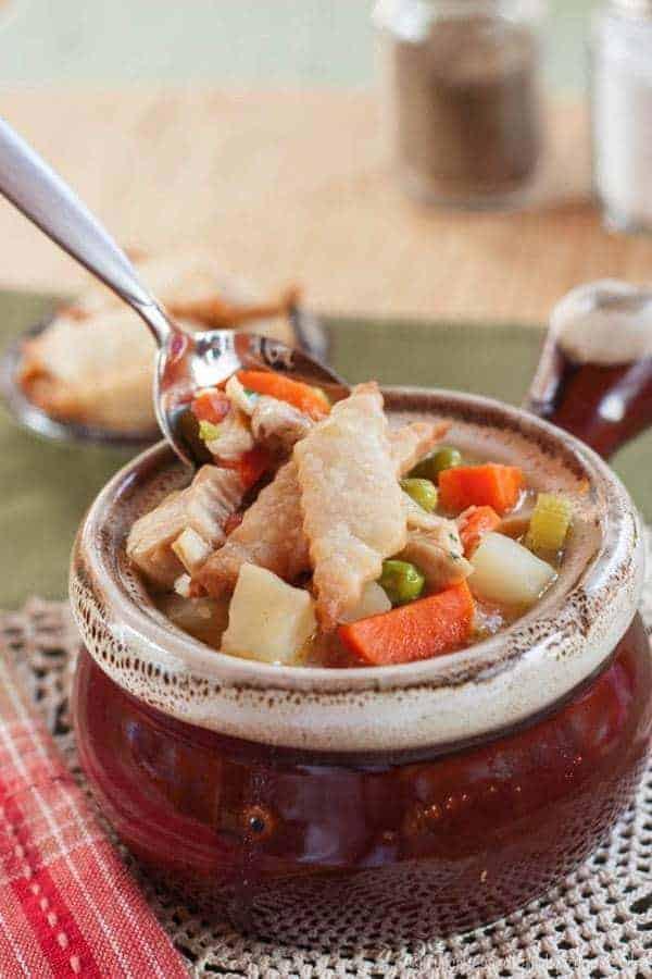 Turkey Pot Pie Soup {Thanksgiving Leftovers} - Cupcakes ...