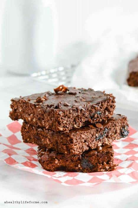 Double Chocolate Cherry Protein Brownies-3