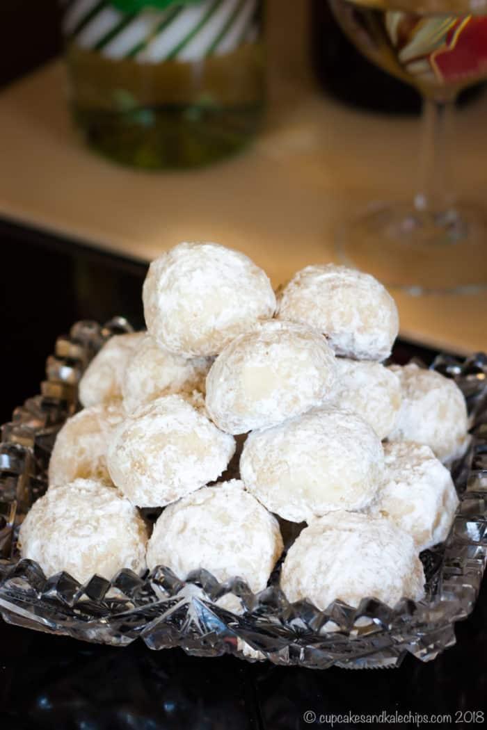 White Chocolate Macadamia Nut Snowballs Cupcakes Kale Chips