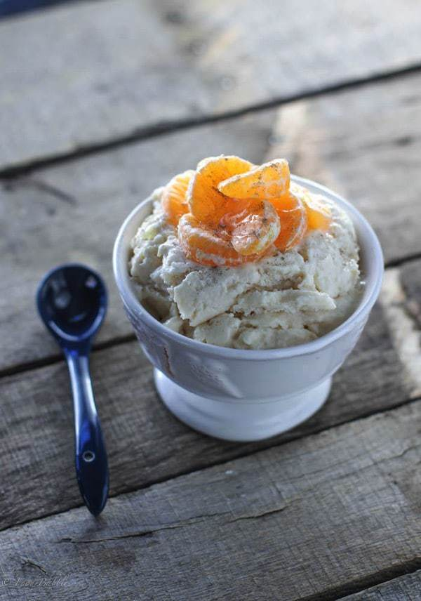Earl Grey Frozen Yogurt topped with Clementines & Cardamom - a creamy, healthy dessert recipe that is easy to make but sure to impress | foodbabbles.com for cupcakesandkalechips.com | gluten free