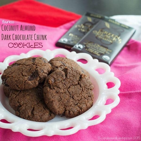 Flourless Coconut Almond Dark Chocolate Chunk Cookies - a simple, rich treat made with the best ingredients, like #GreenandBlacks #fairtrade #organic chocolate. Worthy of special occasion. Gluten free and paleo too | cupcakesandkalechips.com