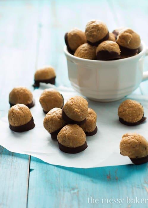 Healthy-Peanut-Butter-Buckeyes-2-2.jpg