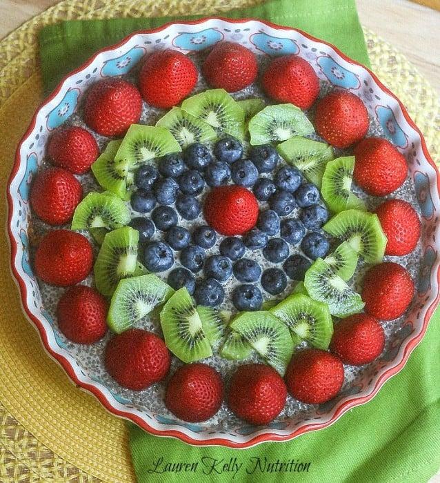 chia-pudding-pie