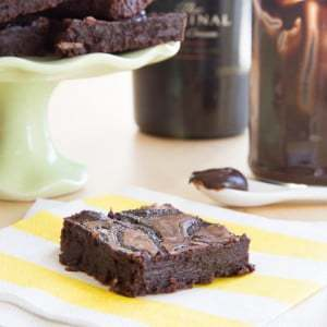 Flourless Bailey's Fudge Swirl Brownies
