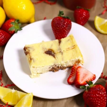 Crustless Lemon Strawberry Slow Cooker Cheesecake