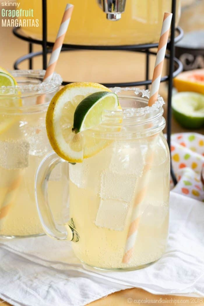 Skinny Grapefruit Margarita Recipe with less than 200 calories for each large drink