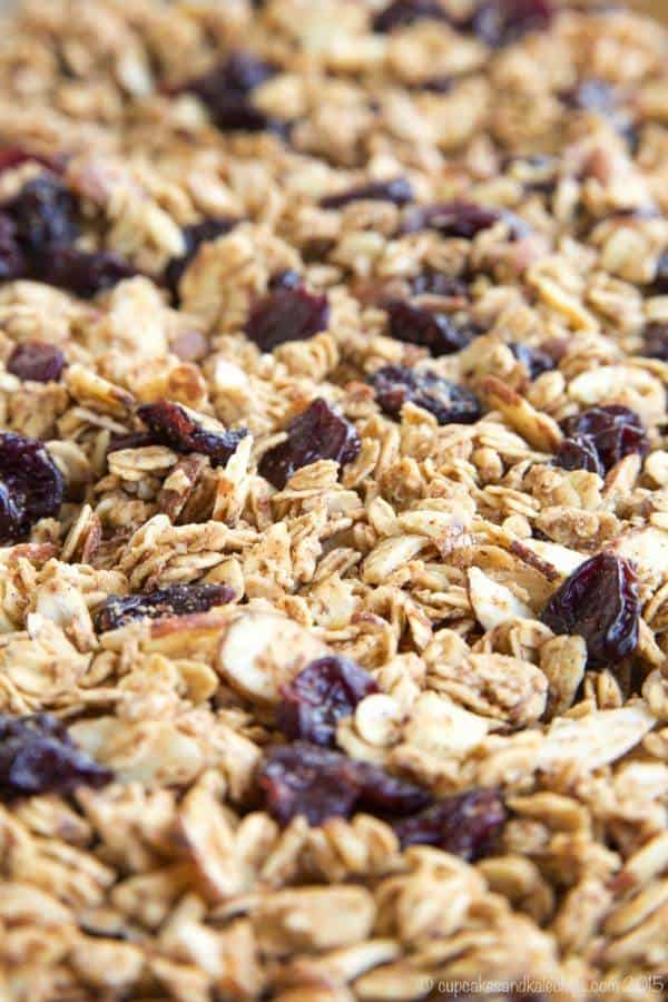 Cherry Vanilla Almond Granola - sweet and nutty with lots of crunch and chewy bits. Perfect for topping your yogurt! | cupcakesandkalechips.com | gluten free, vegan recipe