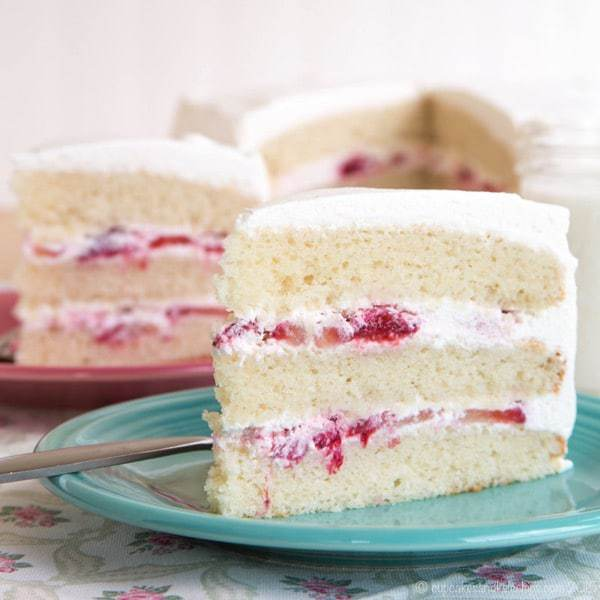 Gluten Free Strawberries And Cream Cake