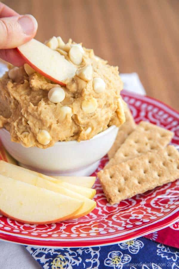 Flourless White Chocolate Macadamia Nut Cookie Dough Dip - naturally gluten free cookie dough dip!
