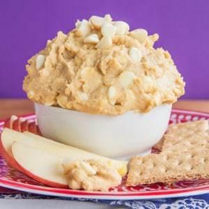 Flourless White Chocolate Macadamia Nut Cookie Dough Dip