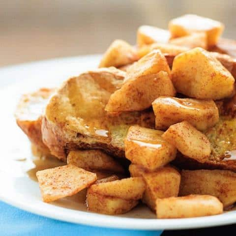 French-Toast-with-Cinnamon-Apples-3