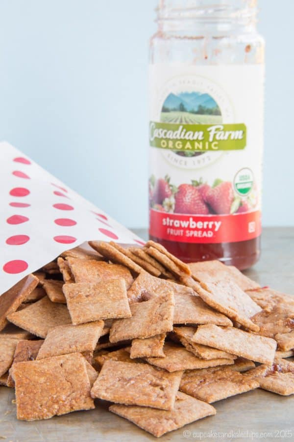 Peanut Butter and Jelly Swirl Whole Wheat Crackers - combine two kid favorites into one tasty and wholesome snack recipe. #spon | cupcakesandkalechips.com