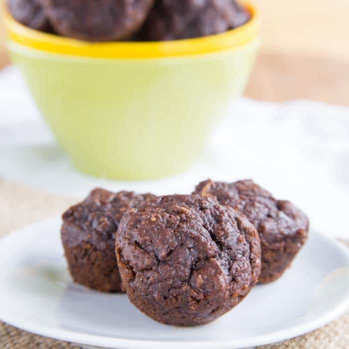 Flourless Oatmeal Nutella Pumpkin Muffins
