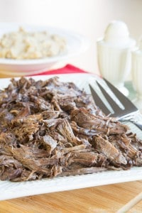 Four-Ingredient-Slow-Cooker-Cranberry-Balsamic-Beef-Recipe-4507