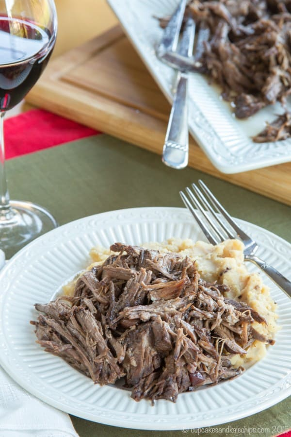 Slow Cooker Cranberry Balsamic Beef - just four ingredients in this easy slow cooker recipe for a tender, fall apart beef roast. #SundaySupper with #GalloFamily #ad | cupcakesandkalechips.com | gluten free