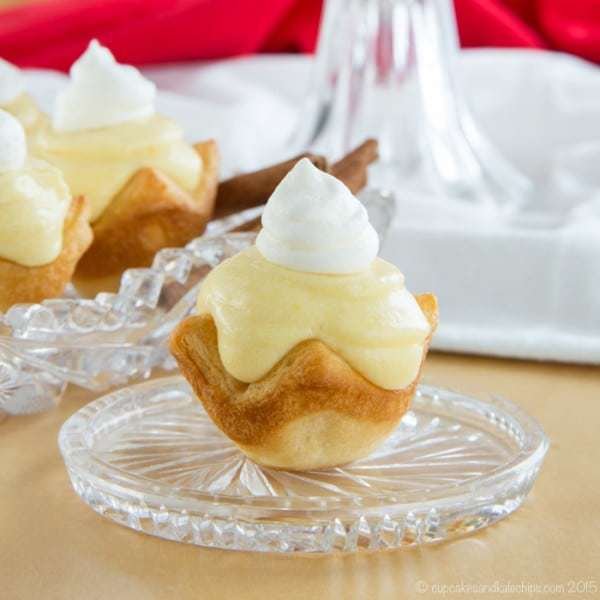 Mini Eggnog Cream Pies - only four ingredients to make this creamy ...