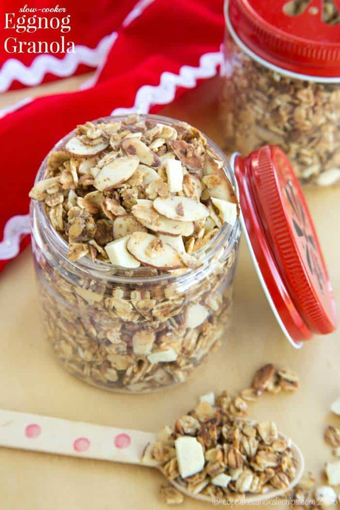 Slow Cooker Eggnog Granola - with hints of nutmeg, cinnamon, and nutmeg, you'll enjoy the flavors of the season in this crunchy topping for your yogurt. Perfect for a Christmas morning brunch, or to give as a gift! | cupcakesandkalechips.com | gluten free, vegan option