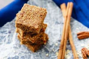 Apple-Cinnamon-Energy-Bars-3