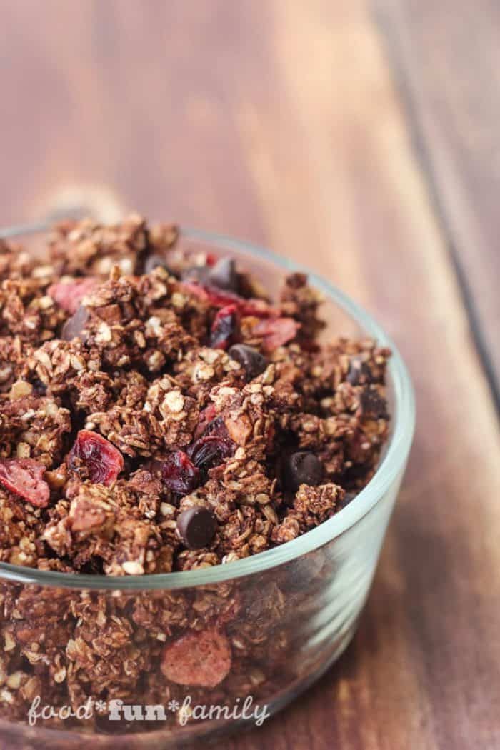 heart healthy dark chocolate granola